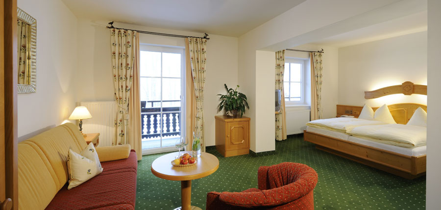 austria_saalbach_hotel_saalbacher_hof_junior_suite.jpg